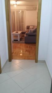 Eldar Apartment