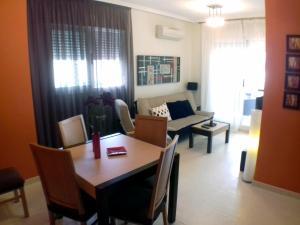 Acv - cala blanca II-1ª línea planta 6 norte tres dormitorios