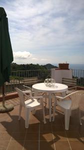 La Colombella. Casetta ad Ischia con vista mare. - AbcAlberghi.com