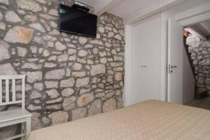 Apartment Culan, Apartments  Sobra - big - 13