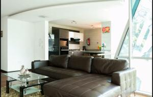 3BR*ALL IN ONE*LUXURY*LOCATION, Ferienwohnungen  Quito - big - 12