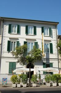 Hotel Ondina - AbcAlberghi.com