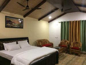 Balaut Camp - Resort