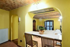 Palazzo Centro, Отели типа «постель и завтрак»  Ницца-Монферрато - big - 12