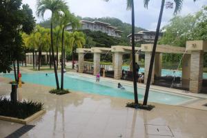 Dr Calayans' Luxury 2BR Condo @ Pico de Loro, Nasugbu, Ferienwohnungen  Nasugbu - big - 157