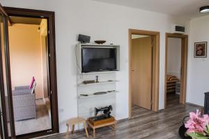 Sunset Holiday Home, Nyaralók  Tivat - big - 15