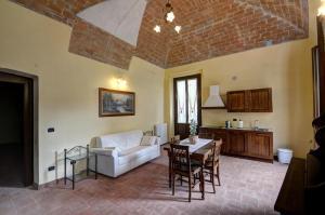 Palazzo Centro, Отели типа «постель и завтрак»  Ницца-Монферрато - big - 19