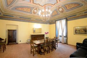 Palazzo Centro, Отели типа «постель и завтрак»  Ницца-Монферрато - big - 24