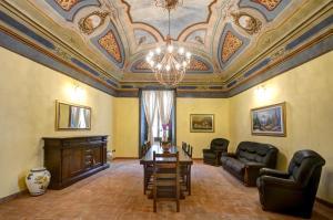 Palazzo Centro, Отели типа «постель и завтрак»  Ницца-Монферрато - big - 25