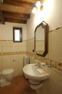 Palazzo Centro, Отели типа «постель и завтрак»  Ницца-Монферрато - big - 26