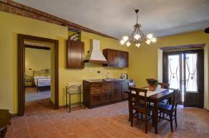 Palazzo Centro, Отели типа «постель и завтрак»  Ницца-Монферрато - big - 32