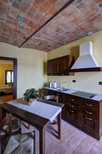 Palazzo Centro, Отели типа «постель и завтрак»  Ницца-Монферрато - big - 46