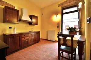 Palazzo Centro, Отели типа «постель и завтрак»  Ницца-Монферрато - big - 59