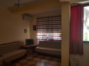Mario's place in Durres, Apartments  Durrës - big - 3