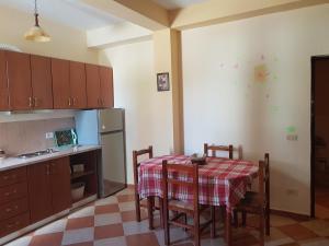 Mario's place in Durres, Apartments  Durrës - big - 4