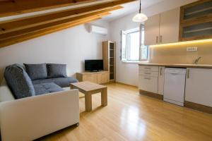 Apartment Sutivan 15665b