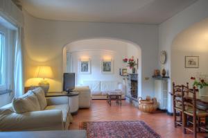 Appartamento in Villa a 5 KM dal mare - AbcAlberghi.com
