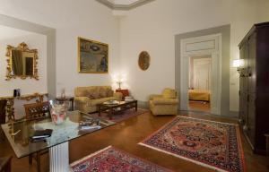 Palazzo Magnani Feroni (21 of 82)