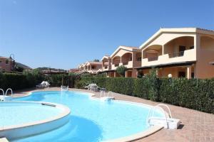 Casa Vacanze Murta Maria - Trilocale con piscina - AbcAlberghi.com