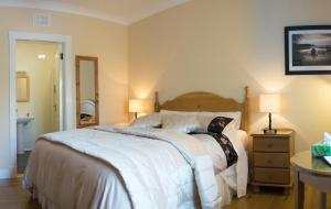 Grove House Bed & Breakfast, Bed and Breakfasts  Carlingford - big - 2
