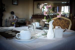 Grove House Bed & Breakfast, Bed and Breakfasts  Carlingford - big - 35