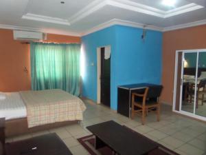 Next Level Hotel
