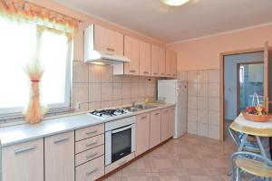 Apartments Milena 436, Apartmány  Fažana - big - 35