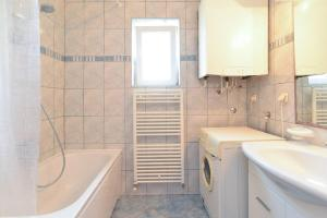 Apartments Milena 436, Apartmány  Fažana - big - 32