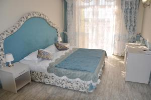 Hotel Frantsuzky Kvartal All inclusive, Hotel  Vityazevo - big - 10