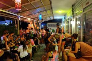 Smile Hostel Koh Phangan, Hostelek  Bantaj - big - 71