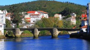 Hostal O Pincho, Vendégházak  Ponte Do Porto - big - 1