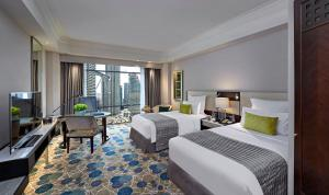 Twin Room with Twin Towers View