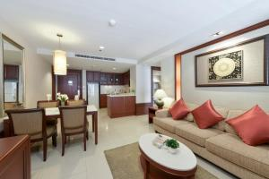 One Bedroom Executive Suite (3 pax)