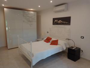Villa Angelina Jardin, Апартаменты  Гримо - big - 29
