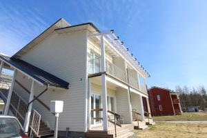 Quality apartment with sauna and balcony, Apartments  Porvoo - big - 2