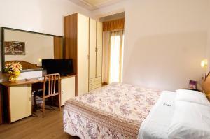 Hotel Antonella & Mael - AbcAlberghi.com
