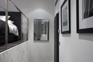 Petit Hôtel Confidentiel, Отели  Шамбери - big - 38