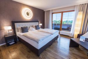 Landhotel Birkenhof, Hotels  Hofenstetten - big - 24