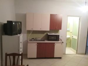 Durres Plazh/Durazzo Beach Room 2, Апартаменты  Дуррес - big - 12