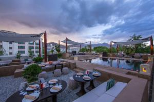 Shangri-La Hotel, Lhasa (2 of 49)