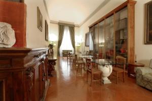 Palazzo Magnani Feroni (36 of 82)