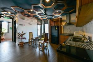 Casa Bella Phuket, Отели  Чалонг - big - 95
