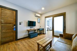 Casa Bella Phuket, Отели  Чалонг - big - 106