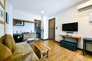 Casa Bella Phuket, Отели  Чалонг - big - 104