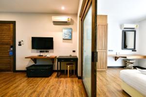 Casa Bella Phuket, Отели  Чалонг - big - 108