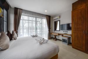 Casa Bella Phuket, Отели  Чалонг - big - 80