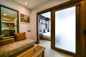 Casa Bella Phuket, Отели  Чалонг - big - 46