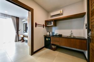 Casa Bella Phuket, Отели  Чалонг - big - 39