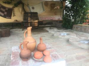 Lazuri Keria Family Guesthouse, Pensionen  Khoni - big - 21