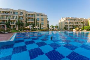 Flores Garden Beach Residence, Apartmány  Chernomorets - big - 13